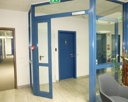 Steinfort Luxembourg - MENICA - SAS cadre en métal et vitrage verre sécurit