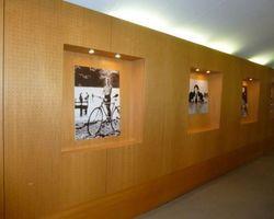 Mur en panneaux de bois - Cloche d'or Luxembourg