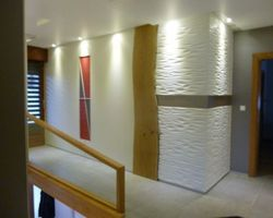 Mur en panneaux de bois