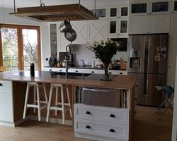 Capellen Luxembourg - Menica Menuiserie - Cuisine en chêne massif laqué blanc